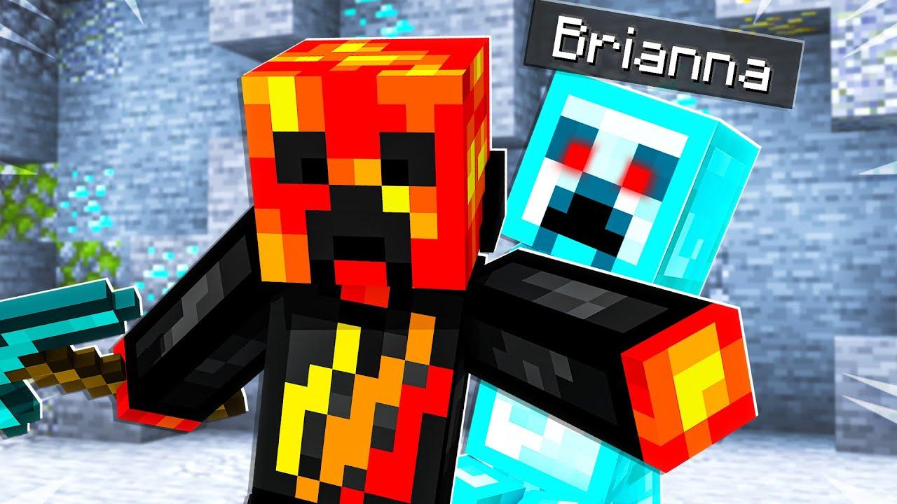 21 FUNNY Ways to Prank with Diamonds! - Minecraft