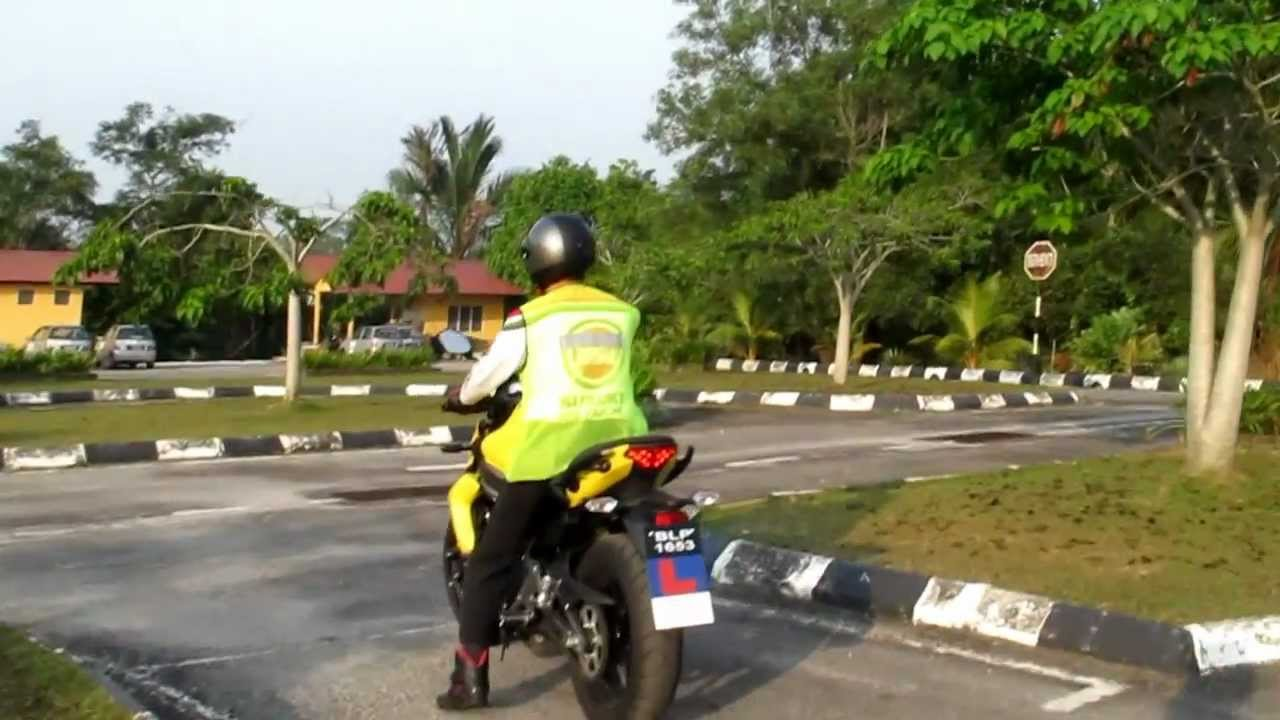 Motorcycle Training For B Full Licence Part 2 Youtube