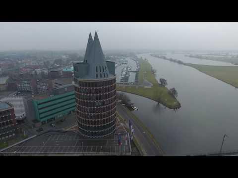 Roermond gezien vanaf de Maas