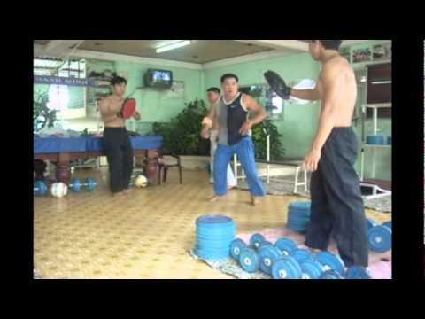 Kung fu biểu diễn của Trần Phát 01.10.2011