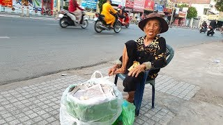 Cụ bà bán trứng gà nói 103 tuổi, nhà ở quận 18 - Sài Gòn