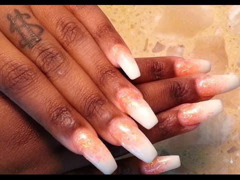 Quick Glitter White Ombré Nails