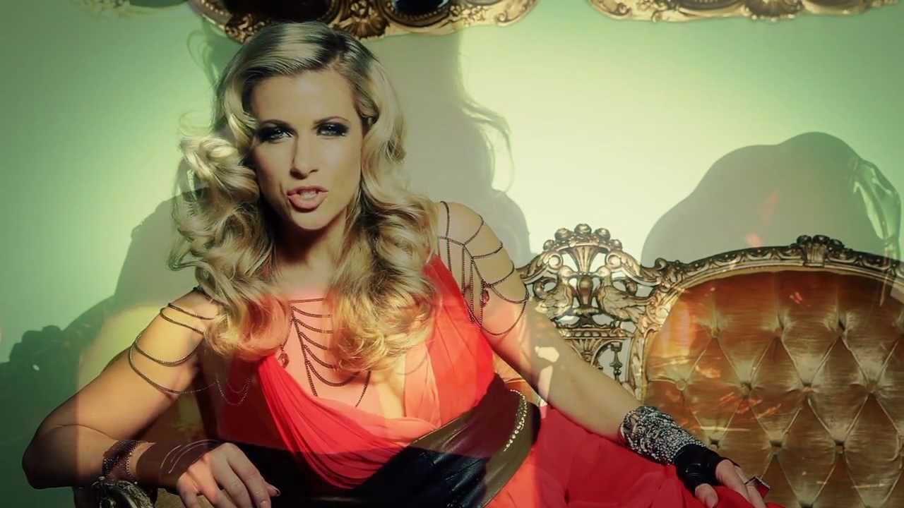 Brigitte M Prsente From Metal To Crystal  1 - Youtube-7610