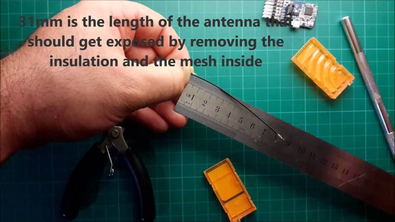 changing receiver's antenna for 2 4Ghz radio system