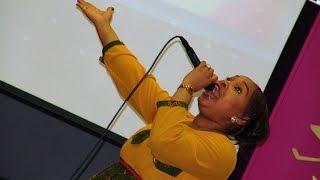 Prophétesse Inès: les vrais adorateurs des derniers temps.
