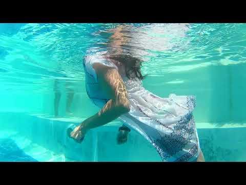 •WETLOOK• Model Elena in the pool, wet dress, wet hair...👗♥