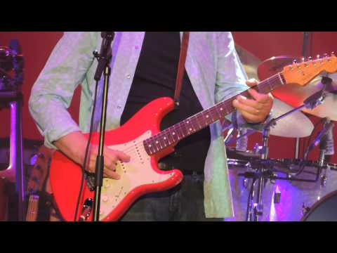 mark-knopfler-&-band-live-manchester-2015--sultans-of-swing
