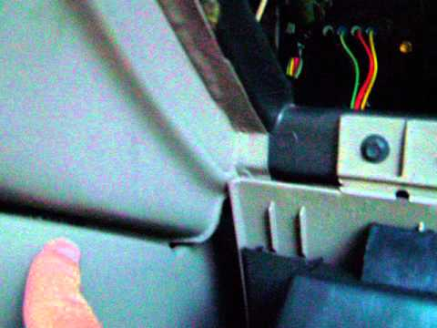 Video 02 ford explorer heat blend door actuator simple for 02 explorer blend door fix