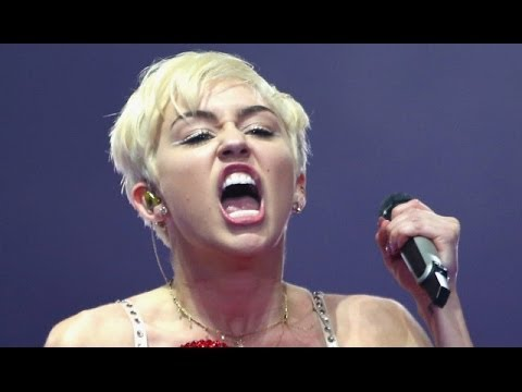 Miley Cyrus Nip Slip Wardrobe Malfunction Video