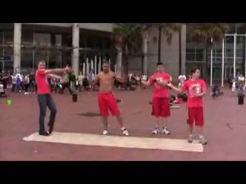 SYDNEYcolours - FLAME FM - Beat the Streets in Darling Harbour.wmv
