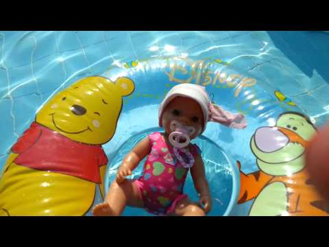 Mit lilly und emely schwimmen gehen