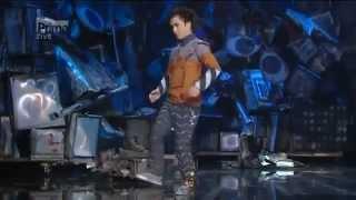 El mejor baile robot del mundo (the best robot dance). Tenes que verlo!!!