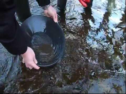 RTE News - Irish Geology Association Gold Panning Field Trip 8/12/12