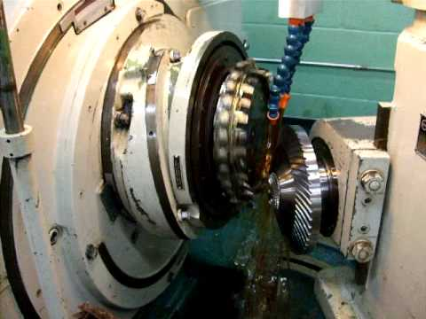 spiral bevel gear cutting