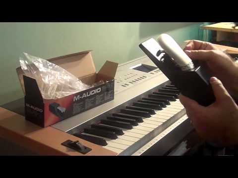 Unboxing M Audio SUS 2 Universal Sustain Pedal for Electronic Keyboards