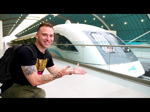 Shanghai MAGLEV TRAIN REVIEW - The FASTEST Train in the WORL