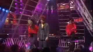 Thompson Twins - Love On Your Side [totp2]