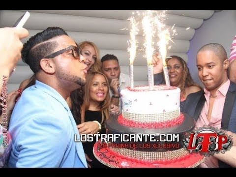 Angel Luis Birthday Bash 2014 @ Arka Lounge Con Chiquito Team Band