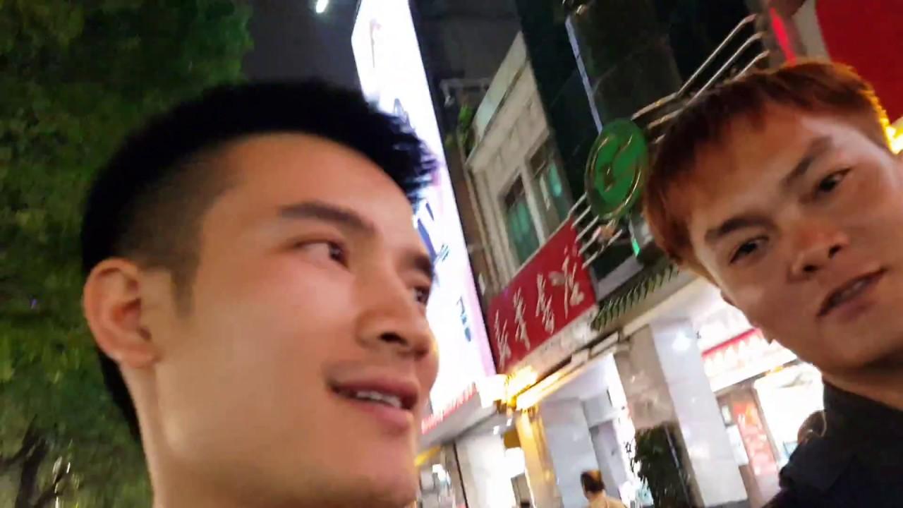 Đi mua quần áo ở Quảng châu – Trung Quốc