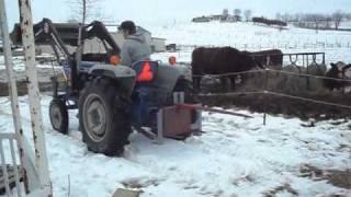 Moving Haybales With Ford 1900