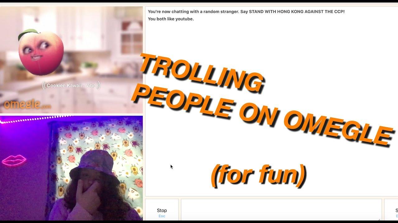 Trolling people on Omegle (for fun) :)