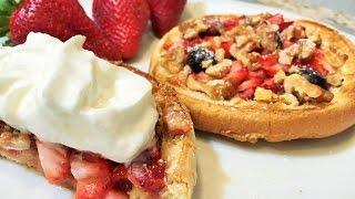 ПИРОГ за 5 мин.  с КЛУБНИКОЙ  и ОРЕХАМИ .  Без Замешивания Теста. Strawberry Pie.