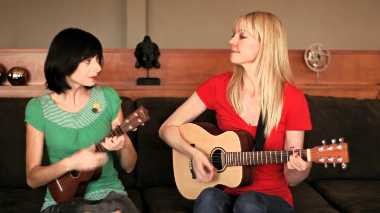 I Don't Know Who You Are by Garfunkel and Oates - YouTube