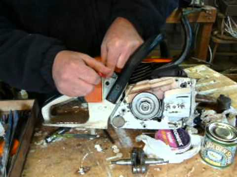 Part 8: Stihl chainsaw, carb adjustment, fit the bar & chain, fuel up and she starts 026, MS260