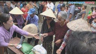 Anh TÀI, Chị LIÊN Tặng 100 phần quà cho Bà Con Khmer xã Thạnh Hưng | CSQMT 28/12/2018