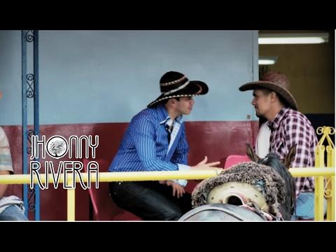 Jhonny Rivera y Francisco Gomez -Tomando Cerveza (Video Oficial)