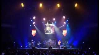 Dream Theater - 2004 - Budokan (Live) - 18 - Pull Me Under