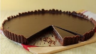 One of Dulce Delight's most viewed videos: Decadent Chocolate Tart with Hazelnut Crust Recipe