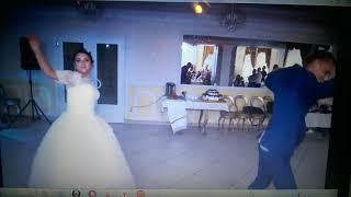 Комбинированный прикольный свадебный танец молодоженов