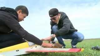 як зробити радіокеровану модель літака