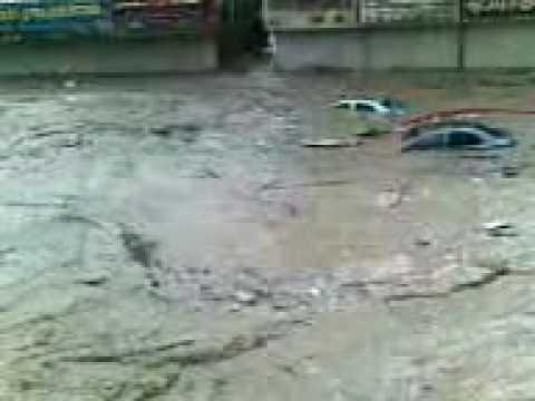 Flood in Jaddah by Abid and Fawad chammach group.3gp