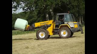 Loading Bales with Matbro TR250