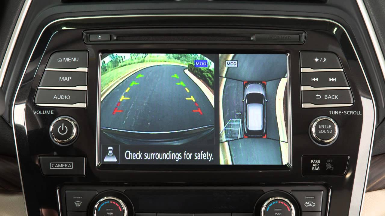 2016 Nissan Maxima - Around View® Monitor with Moving ...
