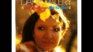 Dana Valery - Love Is Funny That Way