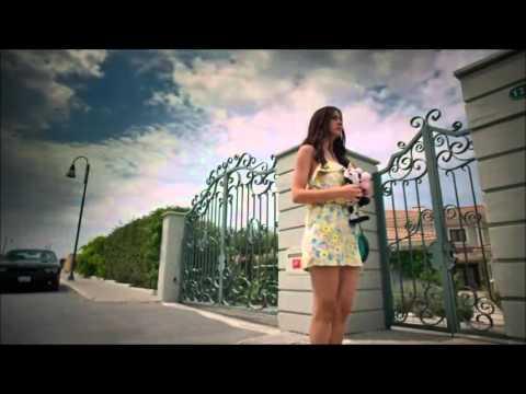 Cilek Kokusu - Islak Imza Asli Burak Klip 2016 (Mustafa Ceceli - Islak Imza)