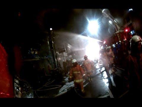 Kebakaran toko ban Jalan Sukarjo Wiryopranoto jakarta pusat