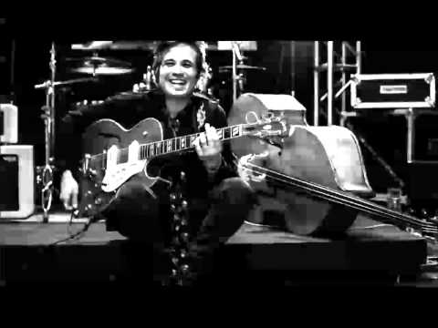"""Diego García """"El Twanguero"""" - Rockabilly Mambo (Extracto de Radio 3)"""