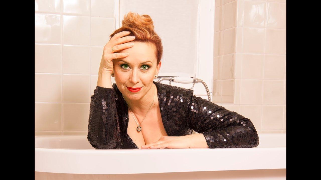 Martina Brandl - Surfen auf'm Klo - Kabarettprogramm - Schon wieder was mit Sex