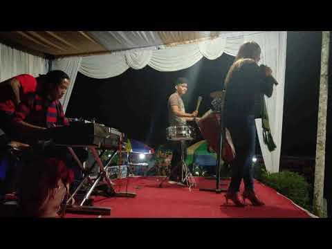 Goyang Itik (live) Voc: Diana Leli Purba