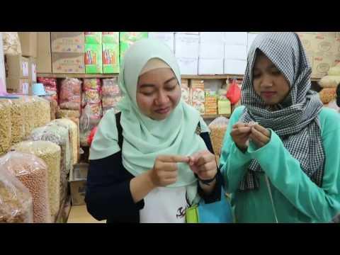 Explore Chinatown in Jakarta by Jakarta Walking Tour