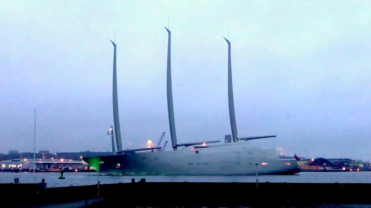 This $450 Million Luxury Sailing Yacht Has Carbon Fiber