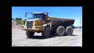 John Deere 400D Articulated Dump Truck #2