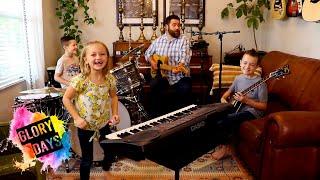 "Colt Clark and the Quarantine Kids play ""Glory Days"""