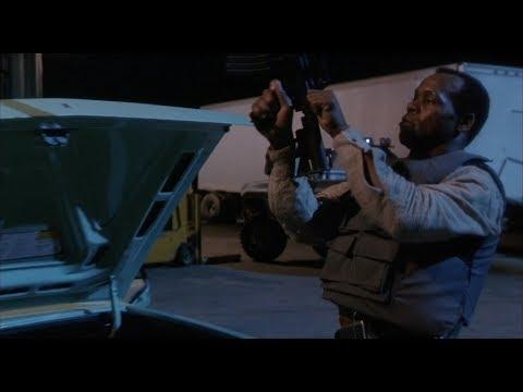 Predator 2 - Slaughterhouse Fight Scene (1080p)