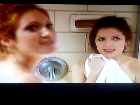 Pitch perfect beca and chloe shower scene youtube - Pitch perfect swimming pool scene ...