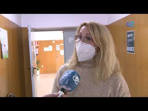 Primera dosis de la vacuna Moderna en las instalaciones de Otero